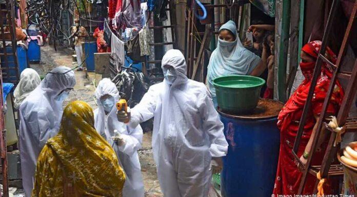 Controles de temperatura en Bombay, India. Foto: Hindustan Times.