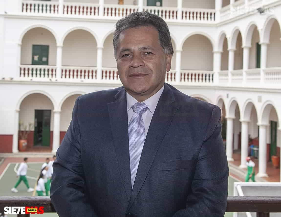 Se queda el rector del colegio de Boyacá #Tolditos7días 1
