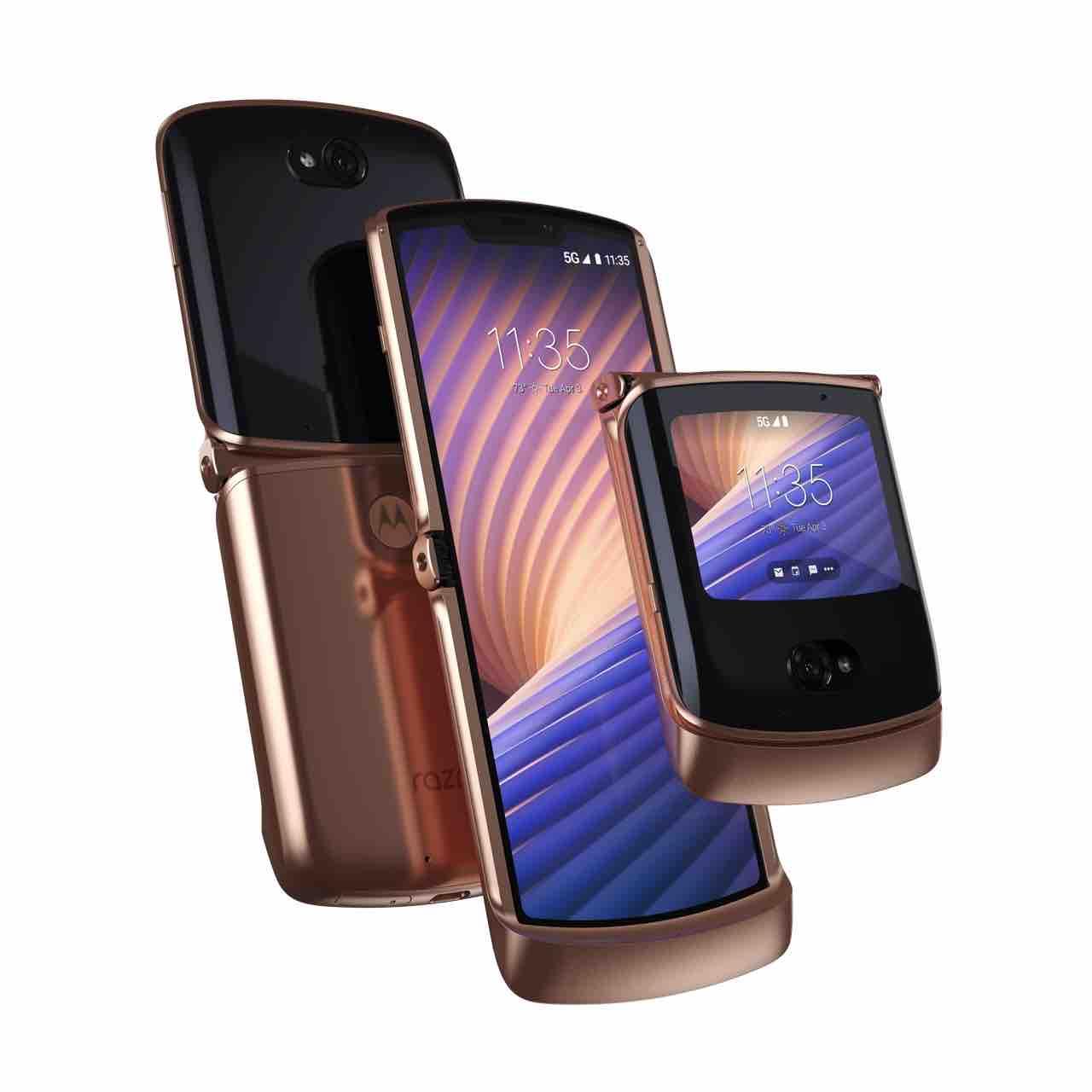 Motorola lanza en Colombia teléfono plegable con características premium para videojuegos y producción de video 3