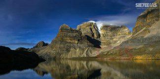 La Laguna de La Plaza en el flanco oriental es una de las maravillas de la reserva, hoy no está abierta para la práctica del ecoturismo.