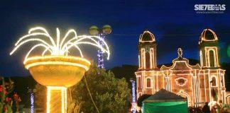 Espléndidas son las noches de Navidad en 'El jardín de Boyacá'. Foto: Luis Lizarazo/archivo particular