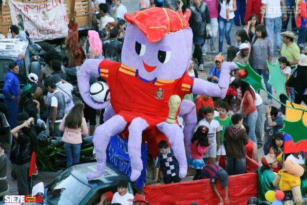 El desfile de los añoviejos en Duitama, llegó a ser considerado como el evento que daba el cierre del año y la bienvenida a las festividades patronales en la ciudad.
