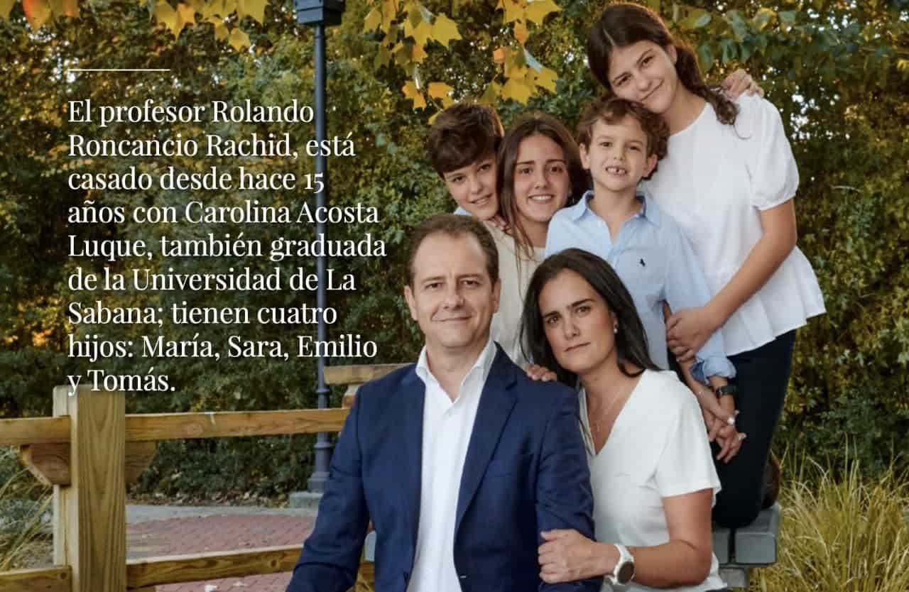 Rolando Roncancio Rachid, nació hace 43 años en Moniquirá y su vida profesional la ha dedicado especialmente a la formación universitaria.