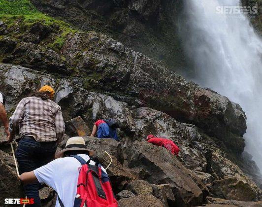 [Galería]- Salto de Candelas, espectacular atractivo de Boyacá, en Pajarito 6