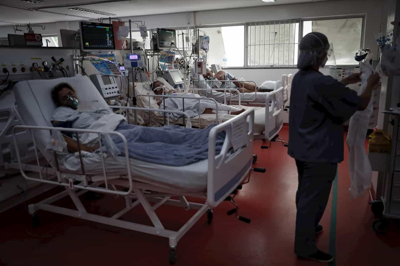 Brasil supera por primera vez los 3.000 muertos por covid en un día 1