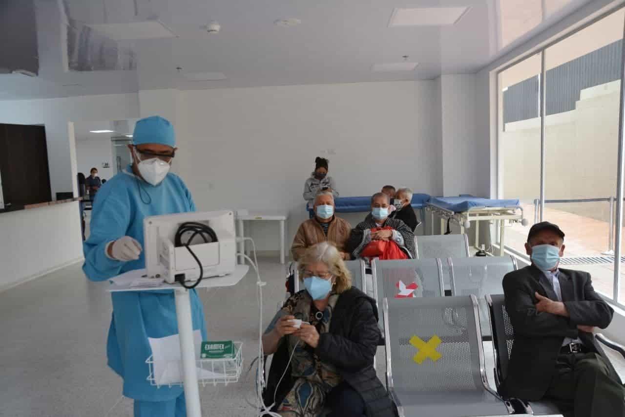 Se realizó primera Mesa Municipal de Vacunación contra COVID-19 en Tunja 1