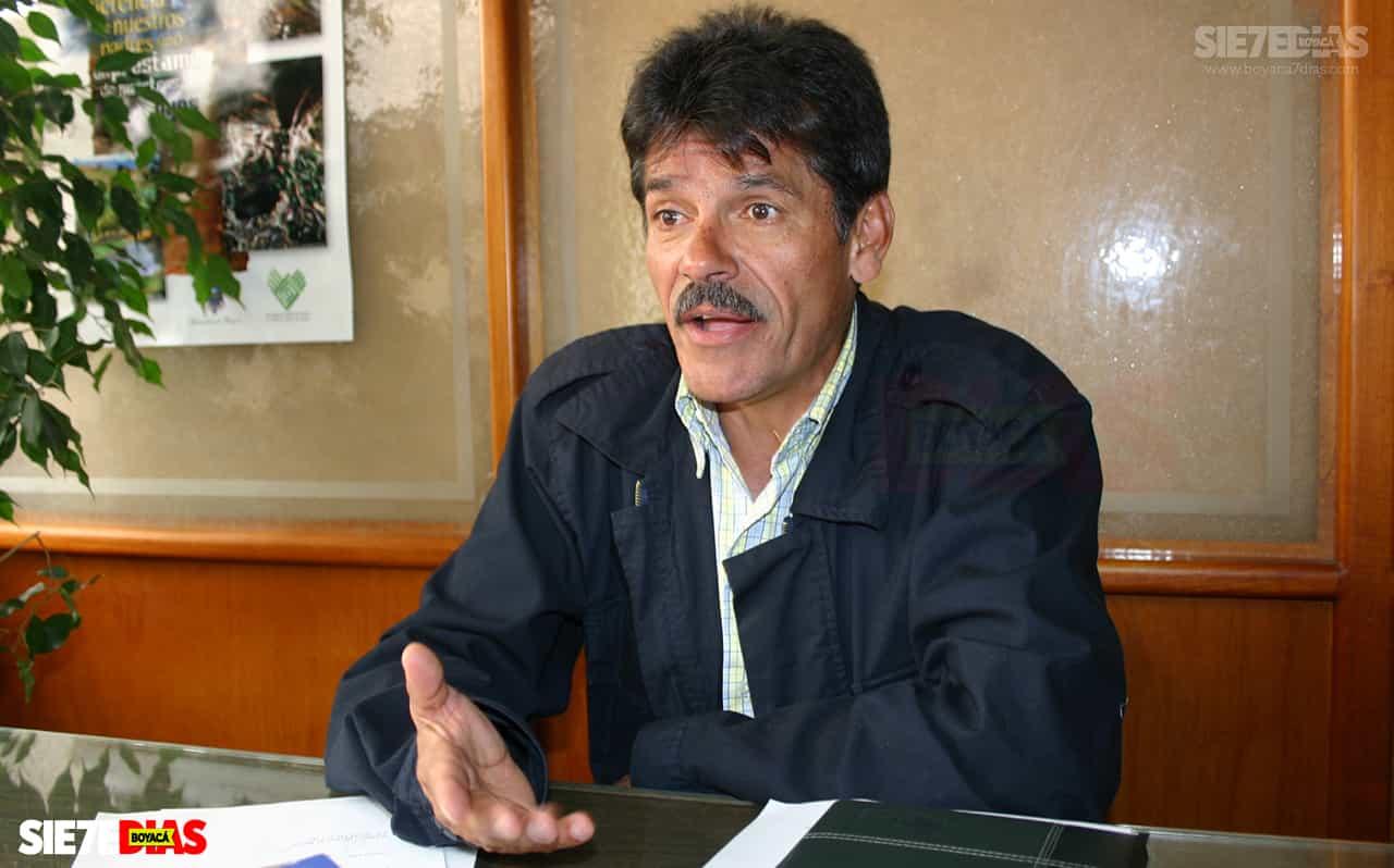 Quien demandó a la Alcaldesa de Duitama asegura en #LaEntrevista7días que él no la tumbó, que a ella la tumbó el Consejo de Estado por irresponsable 1
