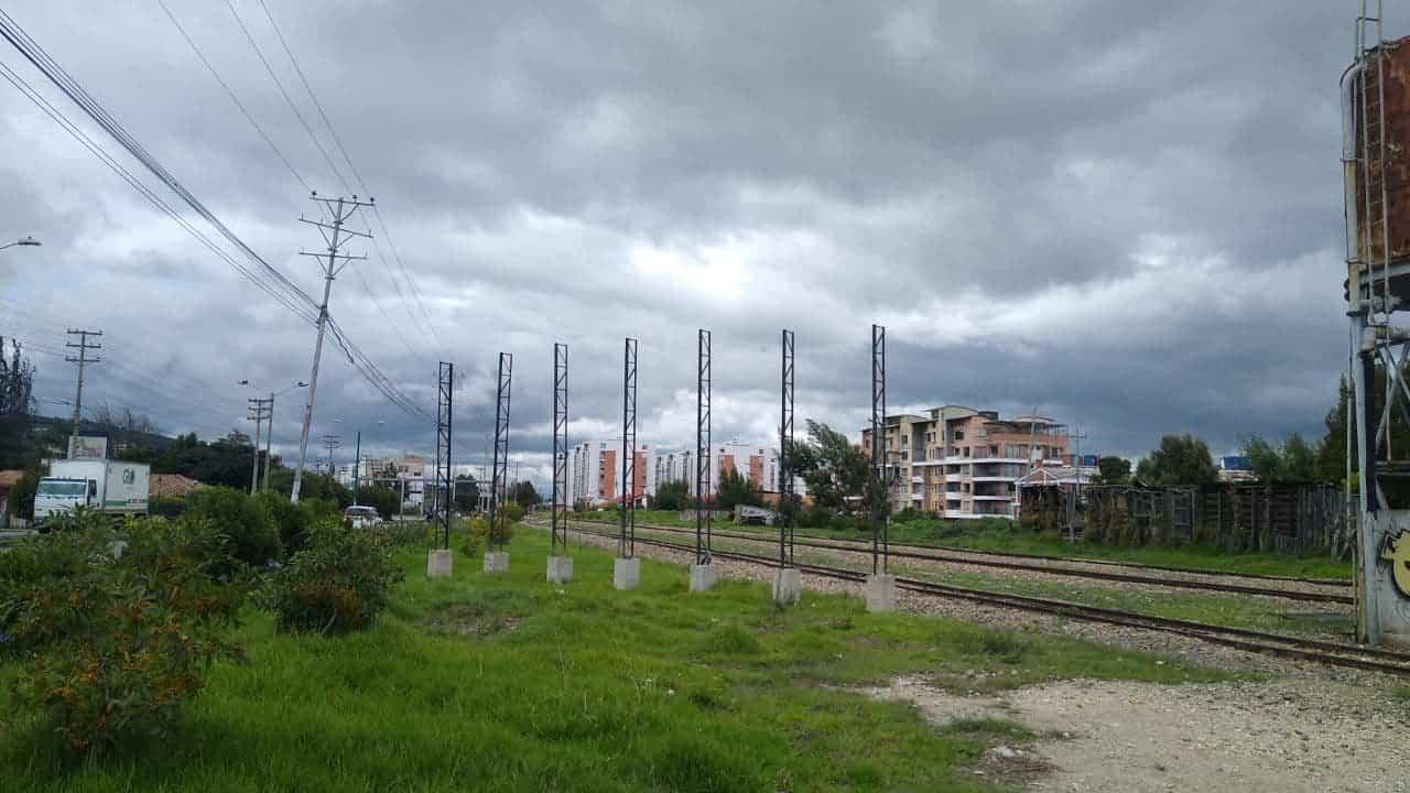 Retiraron hasta la valla publicitaria del ferrocarril Bogotá-Belencito #Tolditos7días 1