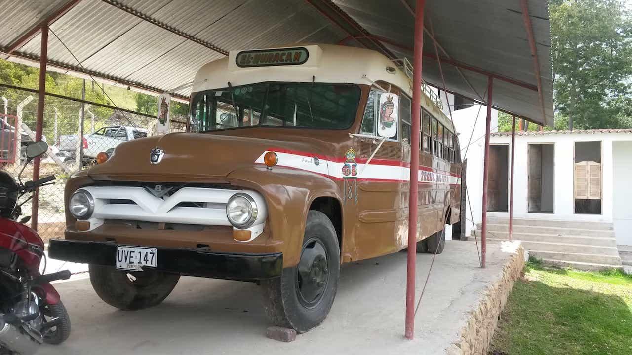 En 1942 la empresa Transbolívar empezó a transportar pasajeros entre Boyacá y Bogotá. Foto: archivo particular