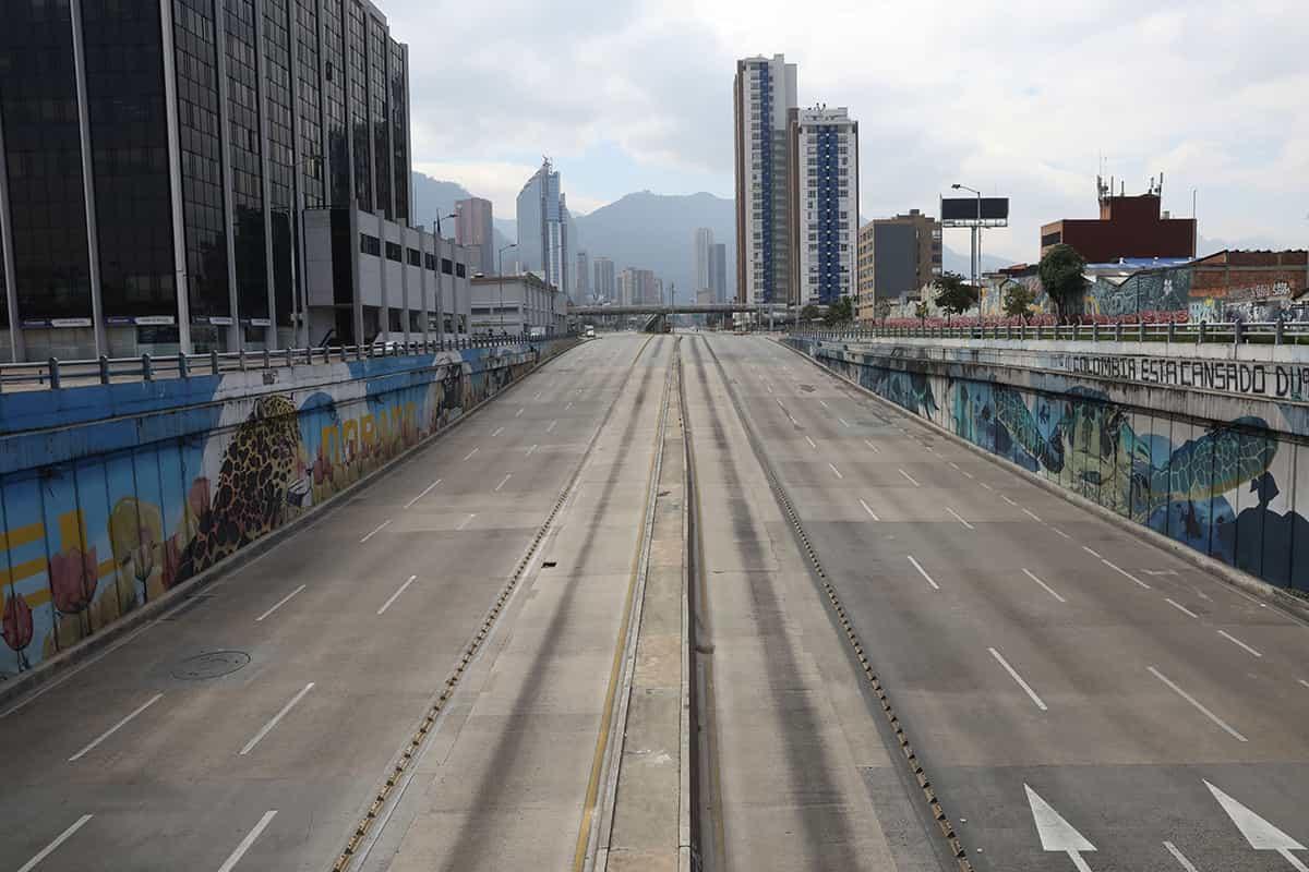 Tenga en cuenta las medidas que cierran a Bogotá desde esta noche y hasta el martes en la madrugada 1