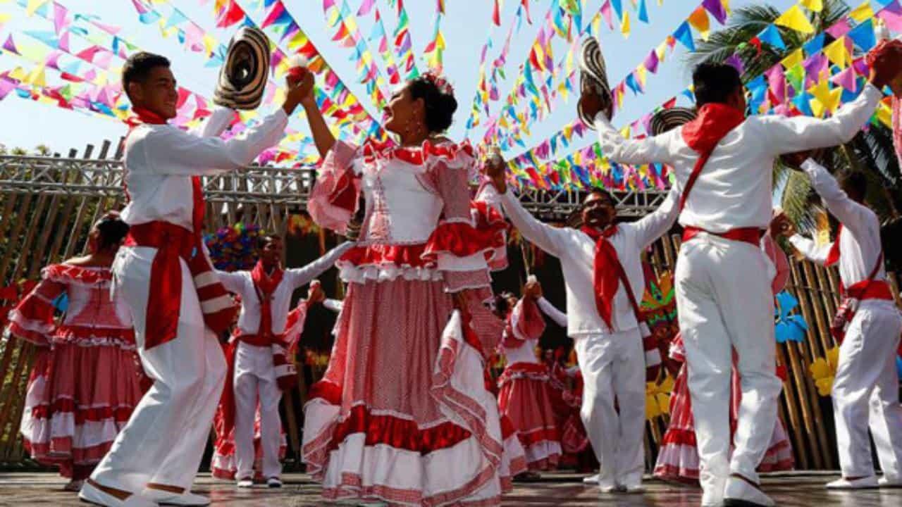 Hoy a las 2:00 de la tarde, Tunja rinde homenaje a la danza colombiana 1