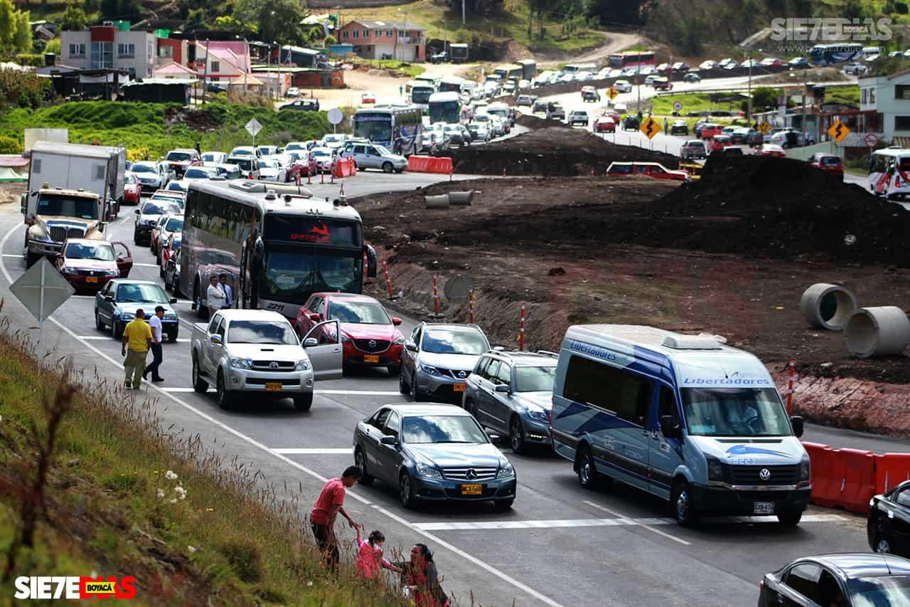 En un 900 por ciento creció la movilización de vehículos por vías boyacenses en Semana Santa 2