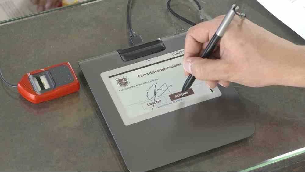 Ahora los trámites notariales puede hacerlos desde casa, pero antes debe registrarse presencialmente 2