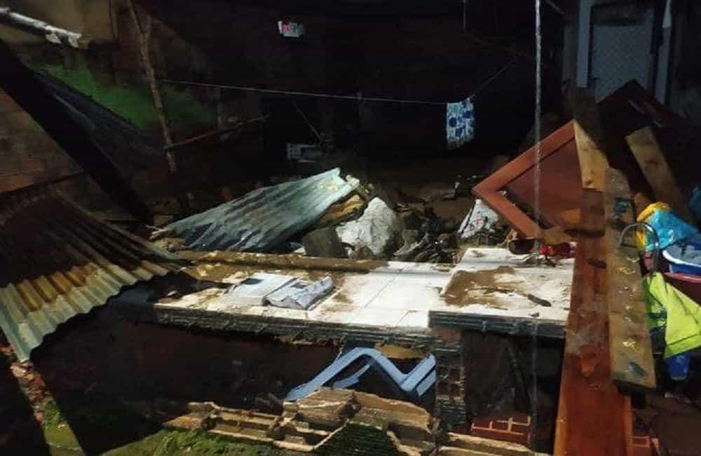 Grave emergencia en Quípama por fuertes lluvias que hicieron colapsar el alcantarillado 4