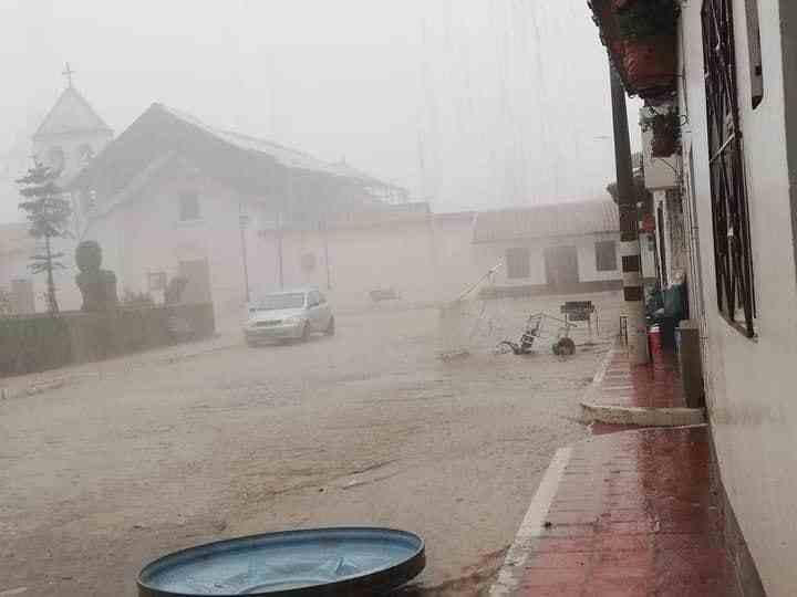 El diluvio que aterrorizó a Floresta la tarde de este domingo 1