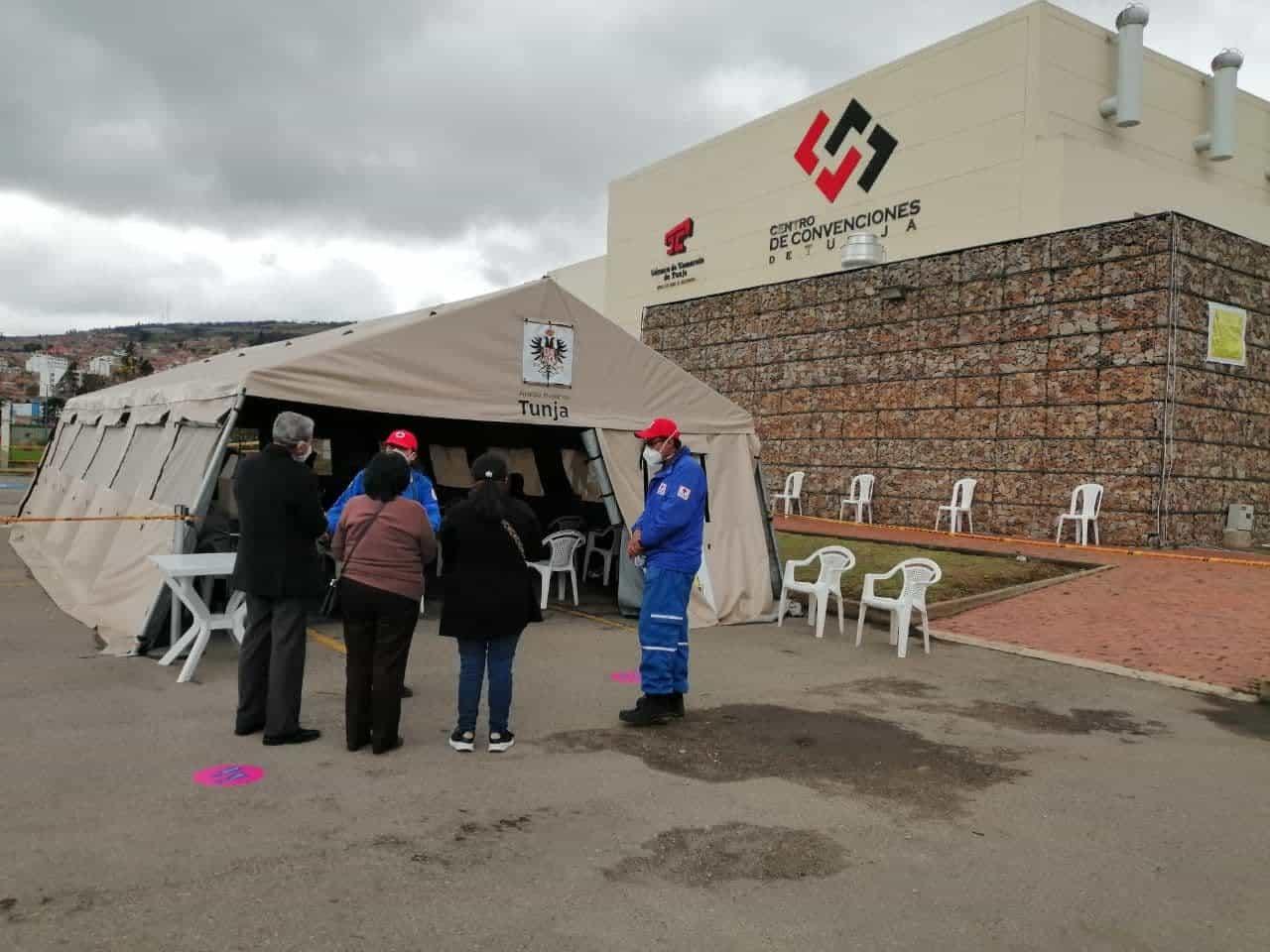 El centro de convenciones de Tunja se transformó en el punto de vacunación COVID de Boyacá 2
