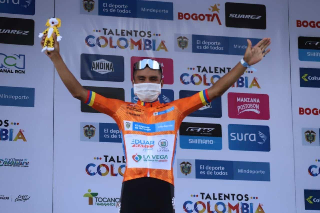 Un boyacense defiende el liderato de la Vuelta a Colombia 1