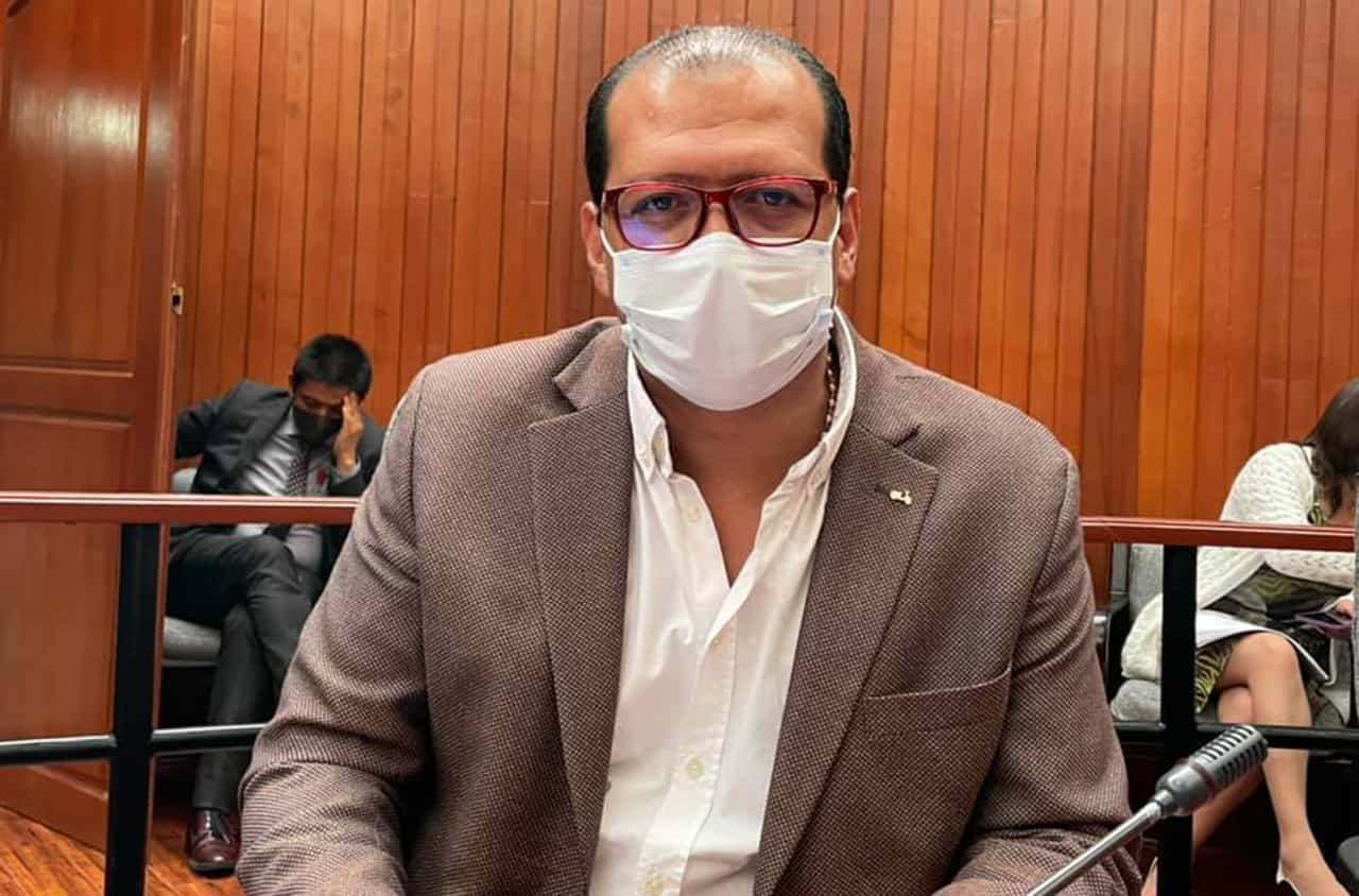 El diputado Alexander Serrato, nos cuenta cómo le está dando la batalla al coronavirus desde una clínica #LaEntrevista7días 4