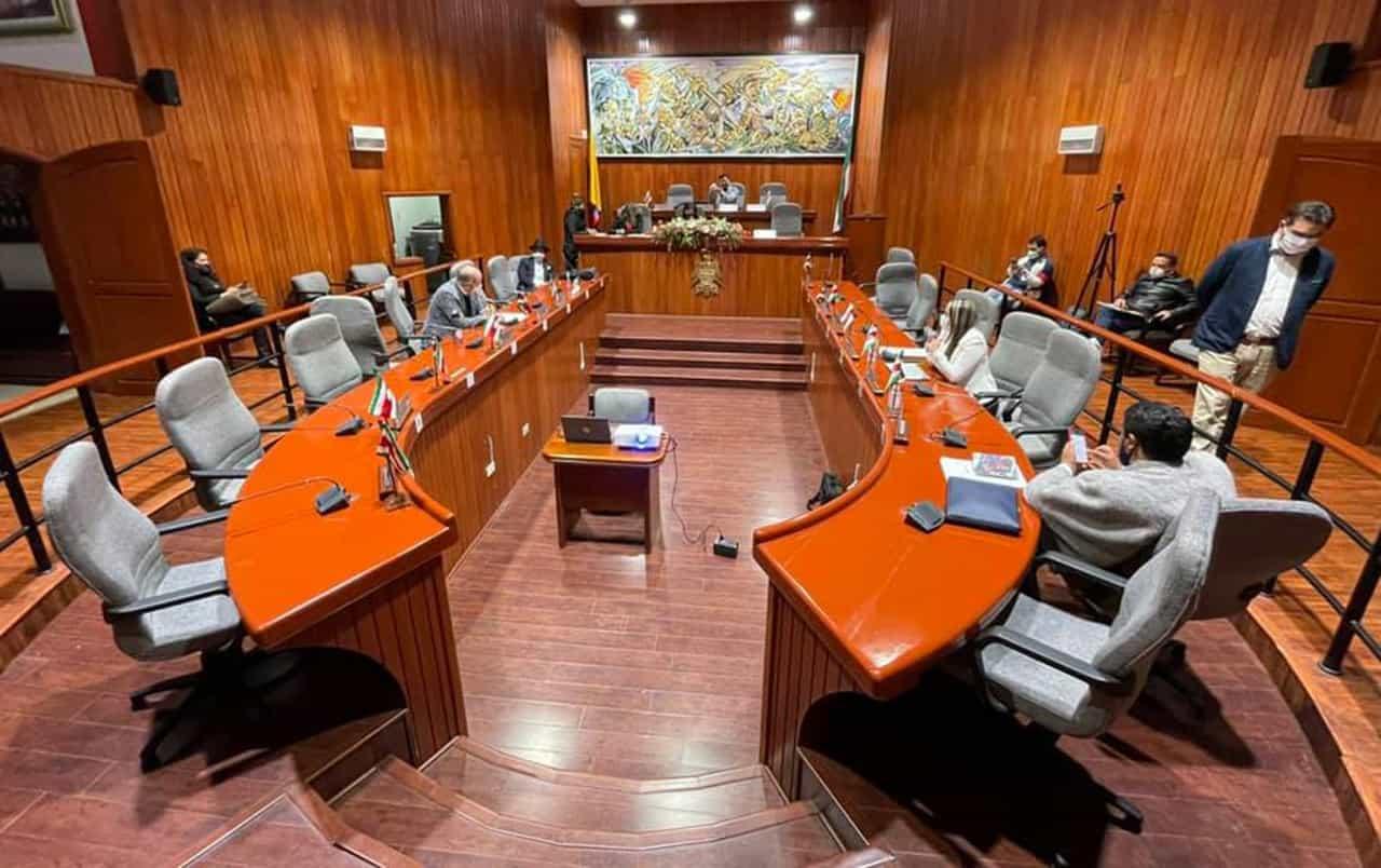 La Asamblea aprovechará las extraordinarias para buscar acercamientos con los manifestantes 1