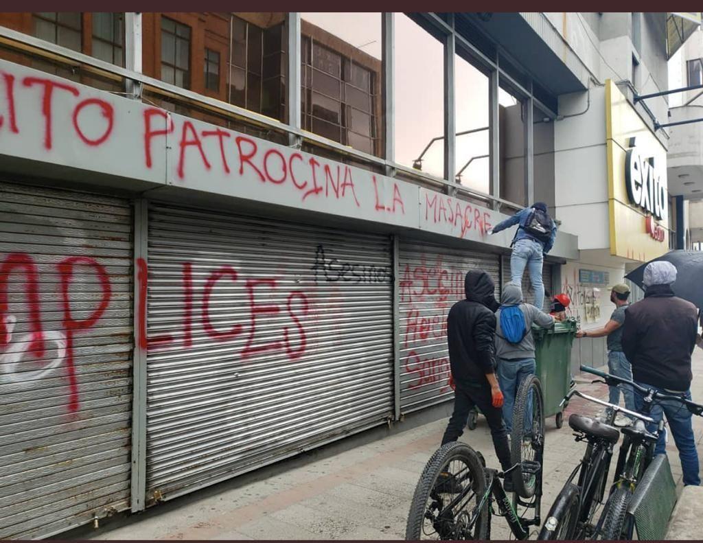 Protestas y actos vandálicos en supermercados Éxito se trasladaron también a Boyacá 1