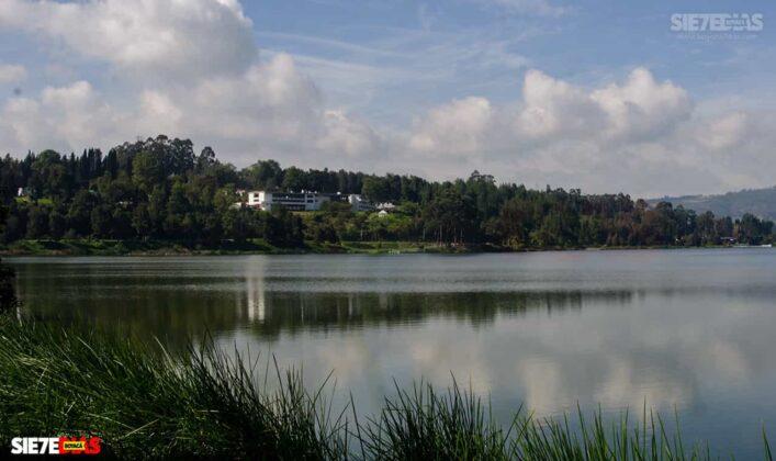 [Galería] - Así es el Sochagota, un lago artificial construido hace 66 años, perfecto para visitar por estos días 10