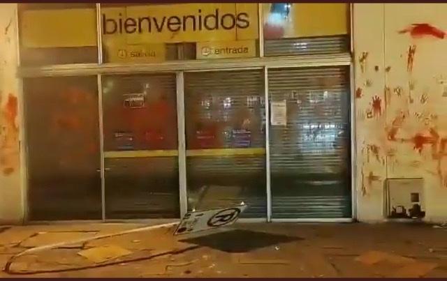 Protestas y actos vandálicos en supermercados Éxito se trasladaron también a Boyacá 2