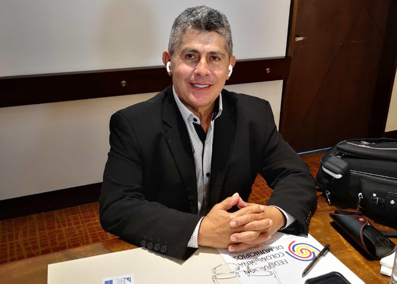 El Director de la Federación de Municipios le responde en #LaEntrevista7días a críticas que le hacen alcaldes de Boyacá 1