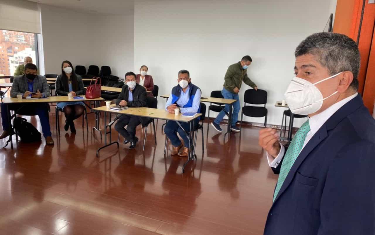 El Director de la Federación de Municipios le responde en #LaEntrevista7días a críticas que le hacen alcaldes de Boyacá 3