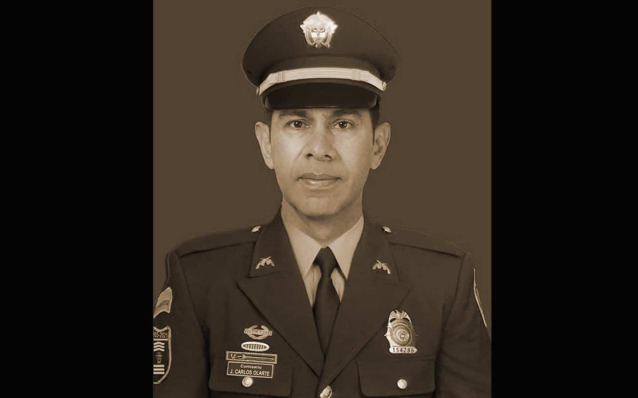 El COVID se llevó al comisario de la Policía, Juan Carlos Olarte Chacón 1