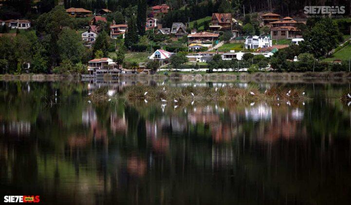 [Galería] - Así es el Sochagota, un lago artificial construido hace 66 años, perfecto para visitar por estos días 9