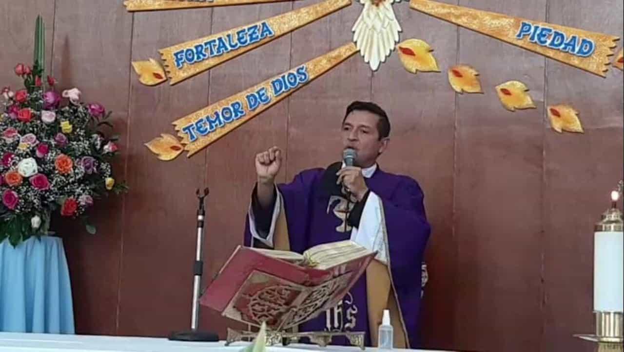 El padre Chucho reapareció en Duitama #Tolditos7días 1