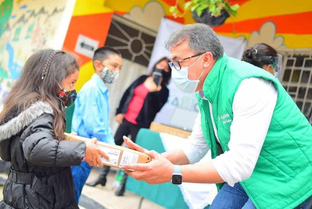 Todos los estudiantes del campo en Sogamoso recibirán computadores, confirma el alcalde #LaEntrevista7días 1