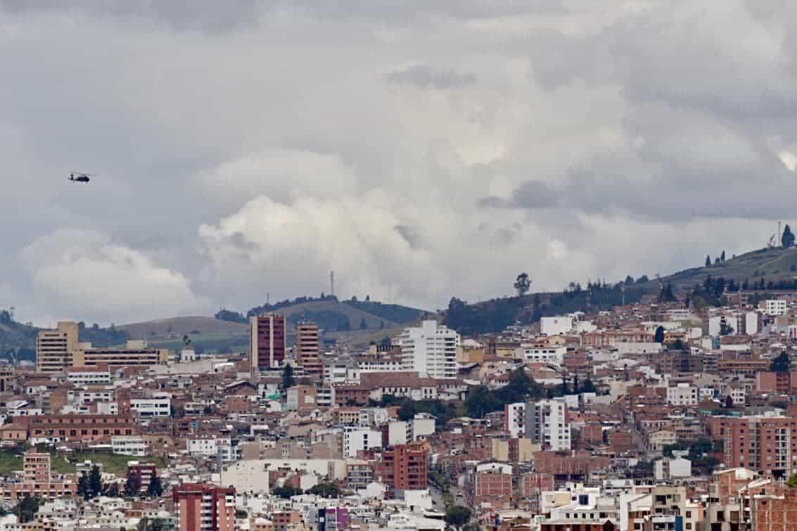 La secretaria de Gobierno de Boyacá recalcó que los helicópteros que sobrevolaron ayer Tunja no estaban monitoreando las protestas. Foto: cortesía Sebastián Cortés.