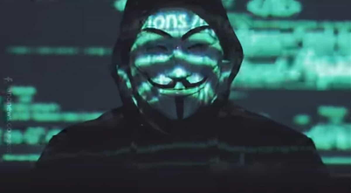 Anonymous envía un mensaje al Gobierno Colombiano y tumba la página del Senado