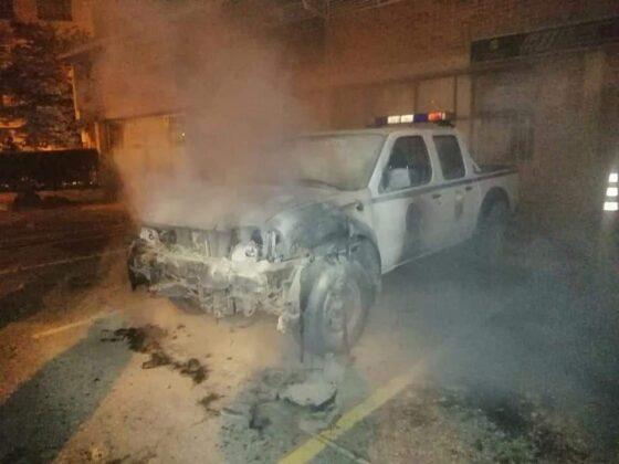 Así quedó la patrulla de los agentes de Tránsito de la llamada Perla del departamento. Foto: Archivo Particular