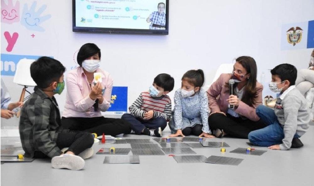 De Boyacá, 181 docentes iniciaron capacitación en 'pensamiento computacional desconectado' 1