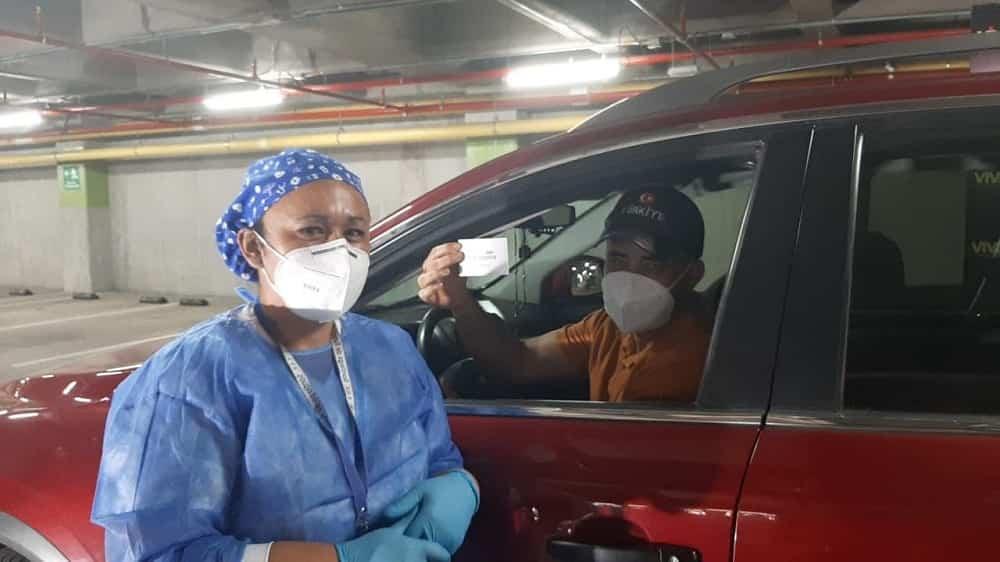 personal médico en jornadas de vacuna express en Tunja
