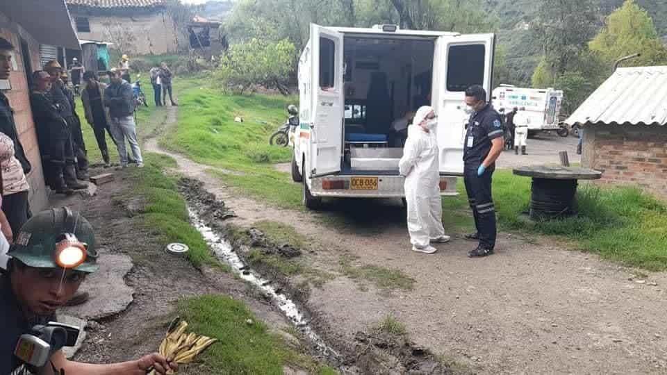Al menos 11 trabajadores estarían atrapados en una mina de carbón en #Socha 2