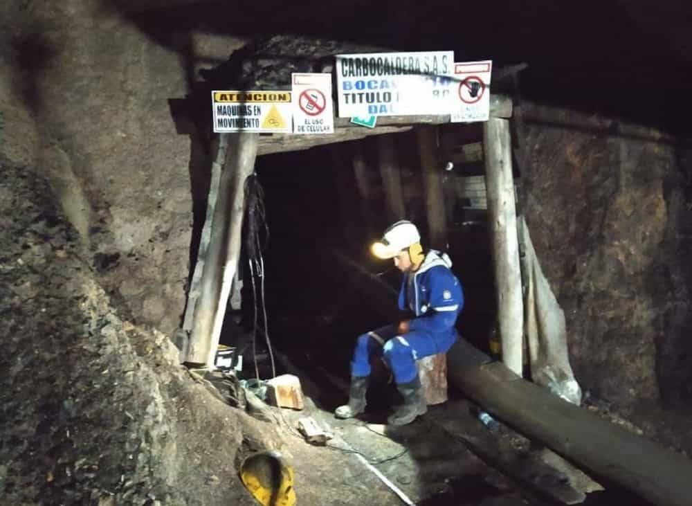 Ya van cuatro días sin hallar a dos trabajadores desparecidos en una mina de carbón 1