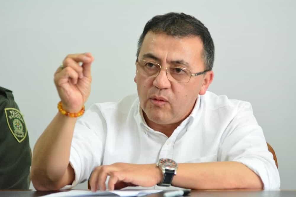 De sinvergüenzas tilda el alcalde de Sogamoso a las EPS que no le pagan al hospital y a las clínicas en plena crisis #LaEntrevista7días 1