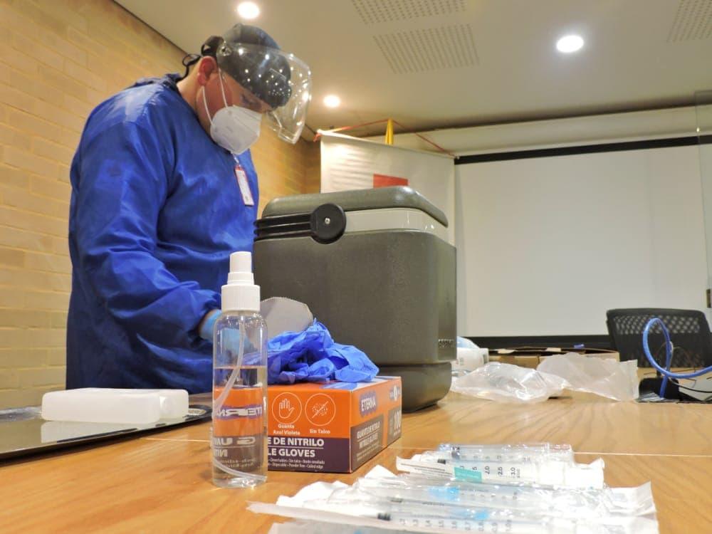 Ad portas de culminar la vacunación de docentes de colegios de Tunja e iniciaron con profesores universitarios 1