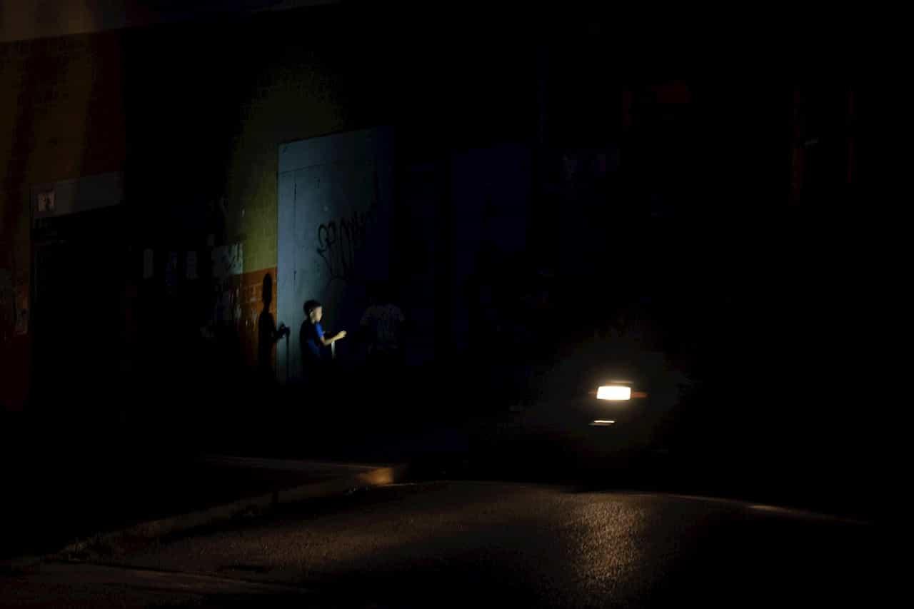 Un fallo eléctrico deja sin luz gran parte de Caracas y varios estados más 1