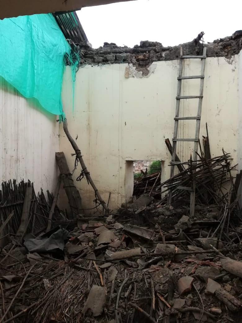 Tres viviendas amenazan con colapsar en pleno centro de Sogamoso 1