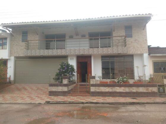 Se vende hermosa casa de dos plantas en Garagoa Boyacá 2