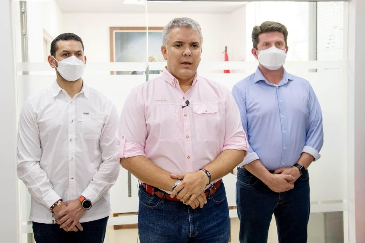 """Duque confirma """"atentado cobarde"""" contra helicóptero presidencial 1"""