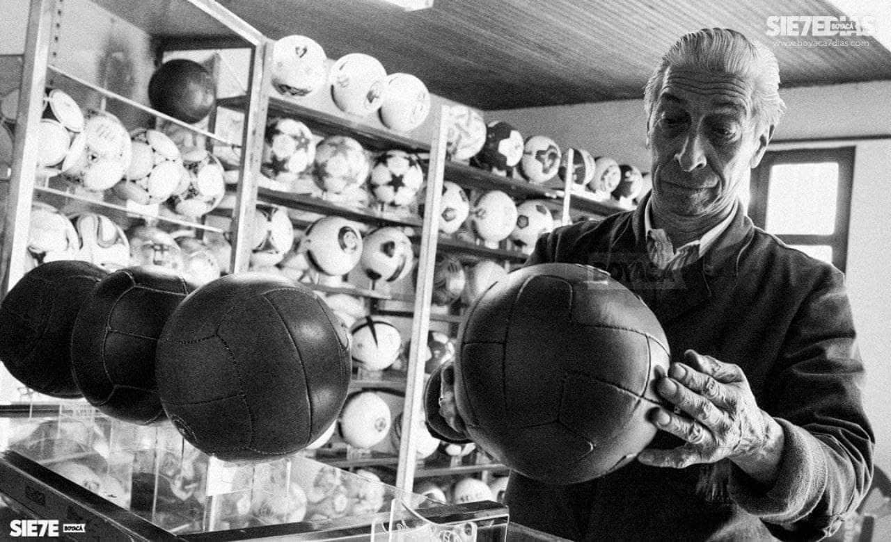 Falleció el fabricante de balones de fútbol que hizo de este oficio un arte 1