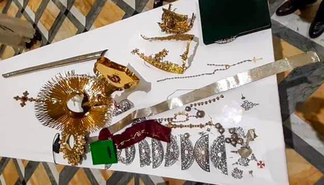 A la cárcel el hombre que robó las joyas al cuadro de la Virgen de Chiquinquirá 2