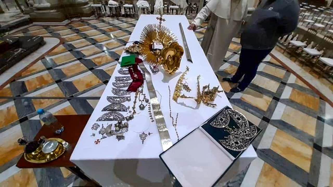 A la cárcel el hombre que robó las joyas al cuadro de la Virgen de Chiquinquirá 1