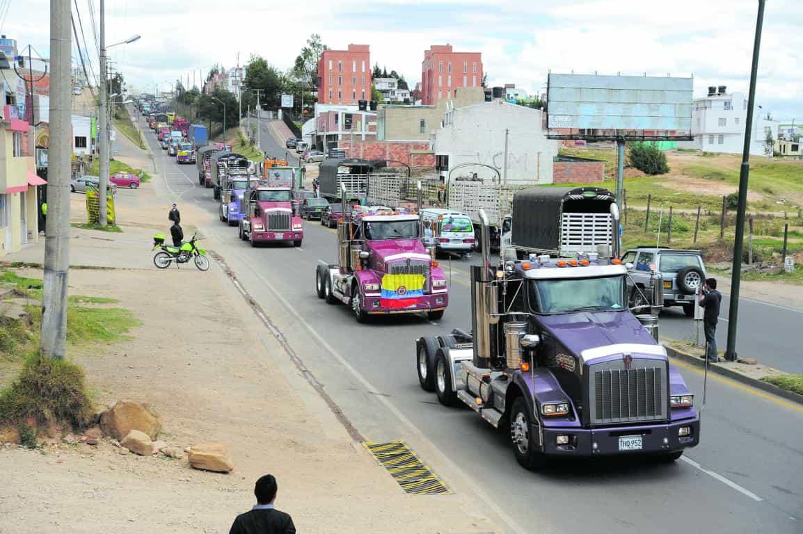 Hoy se celebra el Día del Transportador en Colombia, felicitaciones 1