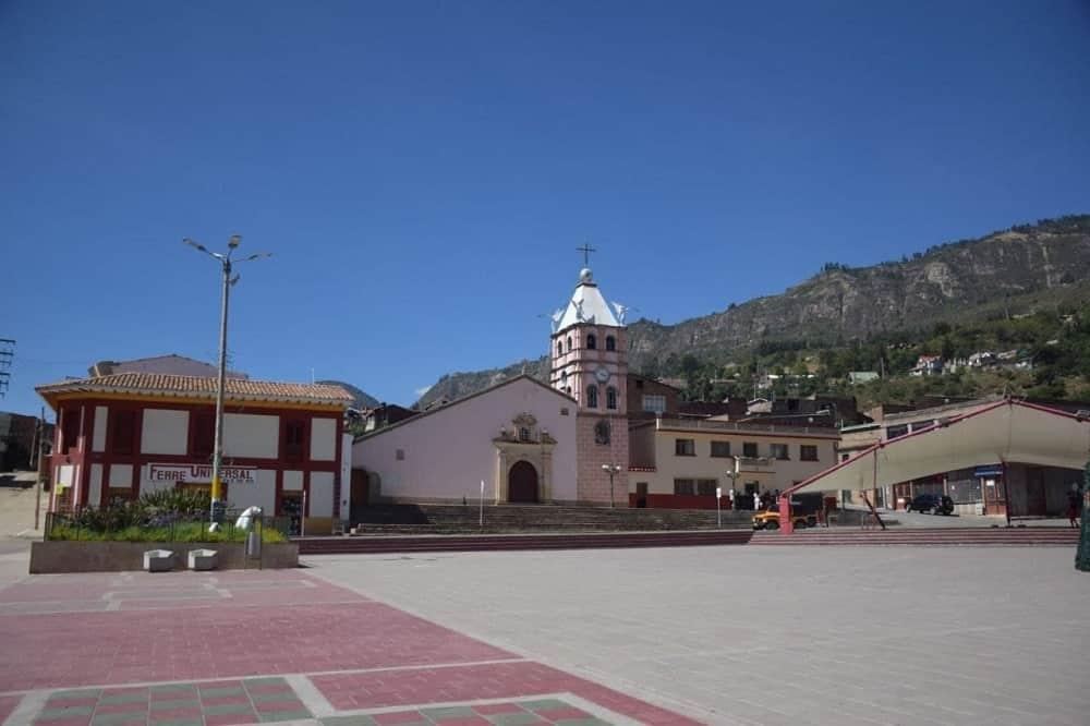 [Galería] - El municipio de Paz de Río hoy celebra su aniversario 86 9